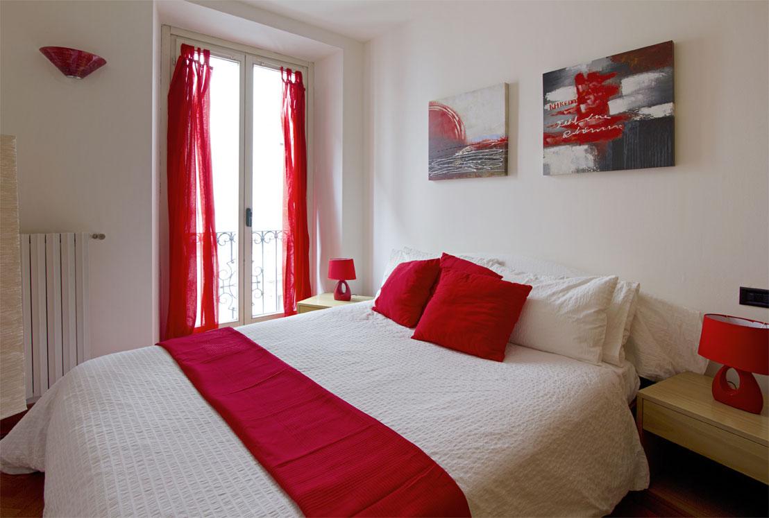 Un appartamento in rosso | XXI SECOLO