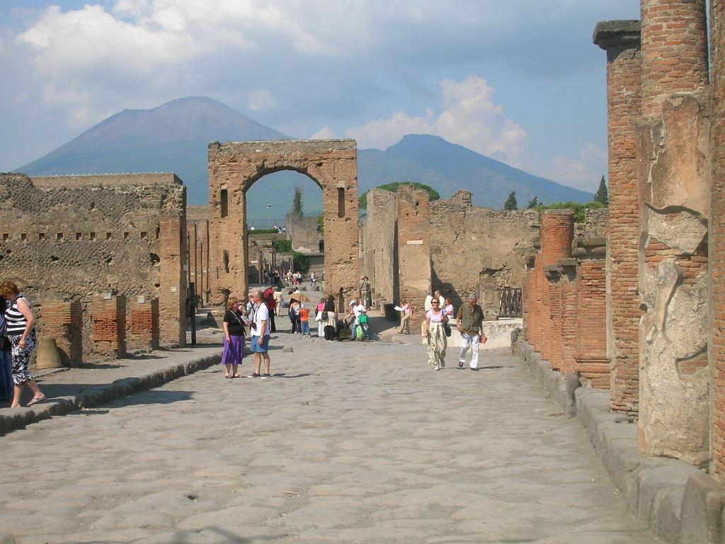Scavi Archeologici Pompei_21secolo_IvanaLeo