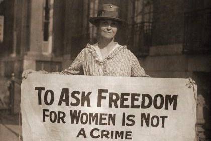 Le_suffragette_21secolo_vittoriodezio