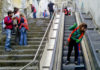 disoccupati-puliscono-la-scalinata-a-montesanto_21secolo_assuntafroncillo