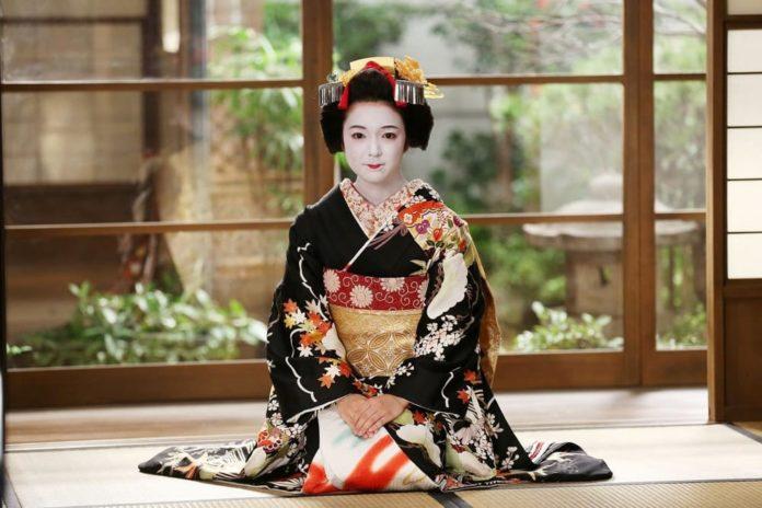 Kimono_21secolo_vittoriodezio