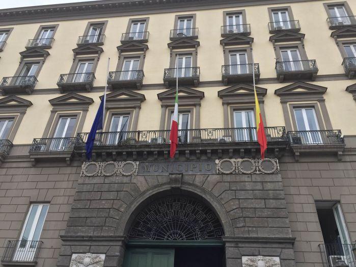 Genova: bandiere a mezz'asta in vari comuni campani_21secolo_Lorena Campovisano