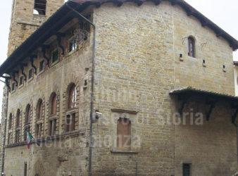 Arezzo: i funerali delle vittime dell'Archivio_21secolo_Marcella Madaro