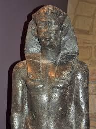 Statua di Domiziano, impersonato come faraone.