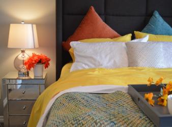 """Camera da letto: gli """"elementi invisibili"""" immancabili"""
