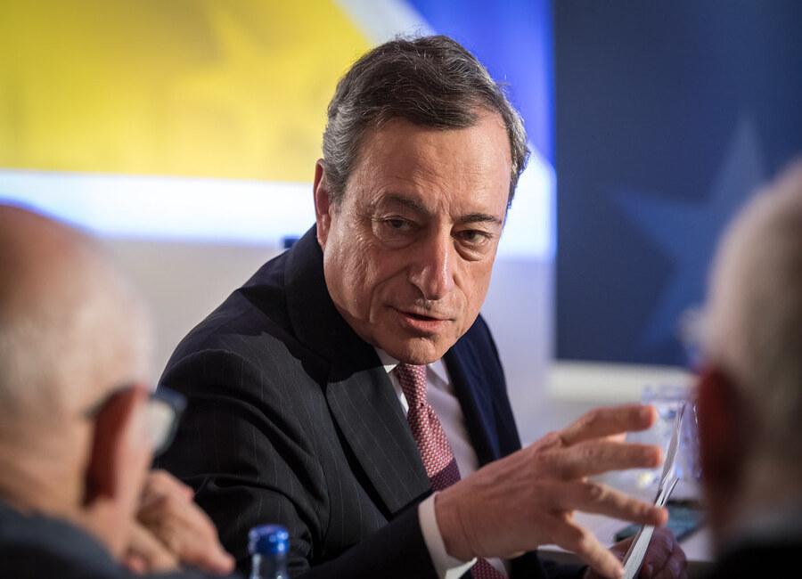 Draghi vola