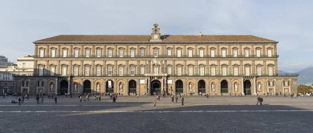 Fiera del libro a Palazzo_Reale_di_Napoli