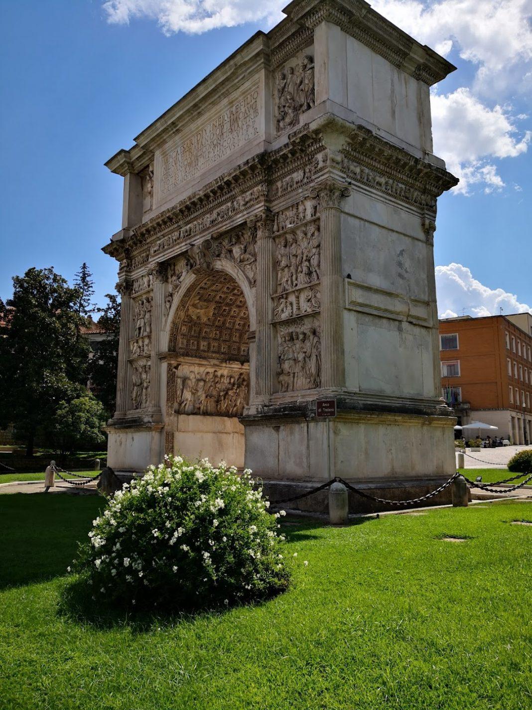 Arco di Traiano: il fiore all'occhiello di Benevento